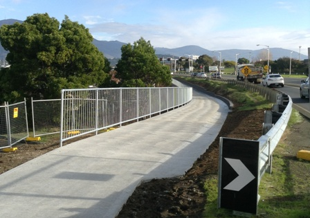 Bridge to overpass path-July 2014w